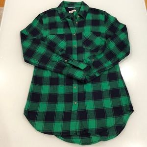 Green and Navy Blue Flannel Shirt Size XS